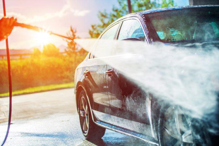 auto waschen - fit für den frühling