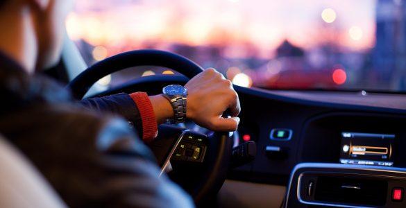 Schutz vor Elektrosmog im Auto – Was kann man tun?